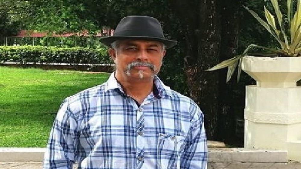 লকডাউন শুধু শিক্ষাপ্রতিষ্ঠানে, বাকি সবকিছু খোলা: অধ্যাপক কামরুল